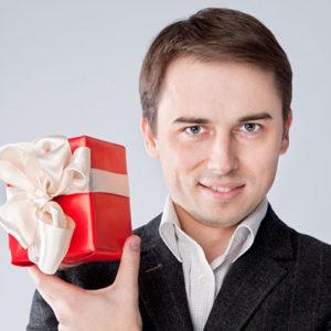 Этикет деловых подарков. Как выбрать подарок деловому человеку?