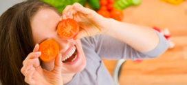 Какие продукты улучшают настроение, а какие следует избегать?