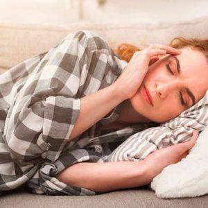10 привычных продуктов, провоцирующих мигрень