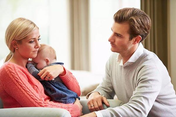 Кто и как может помочь молодой маме в послеродовой период?