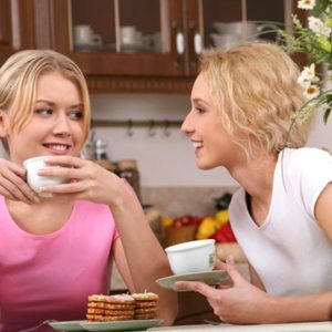 Принимать у себя гостей и быть гостем. О чем стоит помнить?