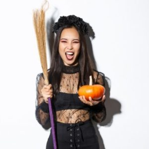 Как отпраздновать Хэллоуин в одиночестве? 7 способов сделать этот праздник волшебным