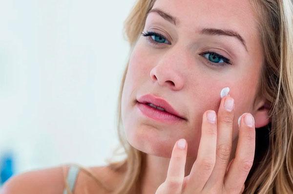Крем для лица от морщин: когда начинать пользоваться?
