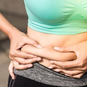Почему появляется жир на животе и как с этим бороться?