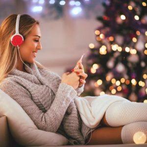 Как поднять настроение к новогодним праздникам?