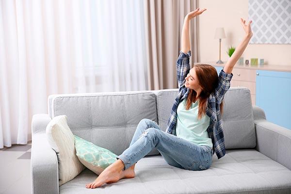 Фитнес на диване: эффективные упражнения
