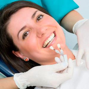 Имплантация зубов: особенности, преимущества, недостатки