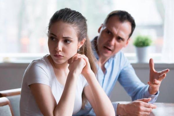 Как распознать абьюзера в партнерских и рабочих отношениях?