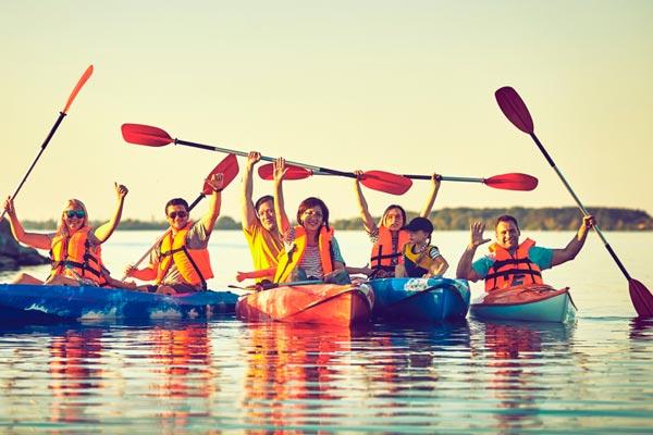 10 небанальных способов провести время с коллегами