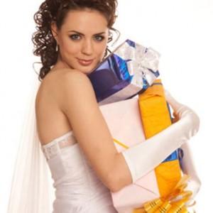 Что подарить на свадьбу? Беспроигрышные варианты