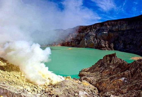 Удивительные озера мира адское озеро