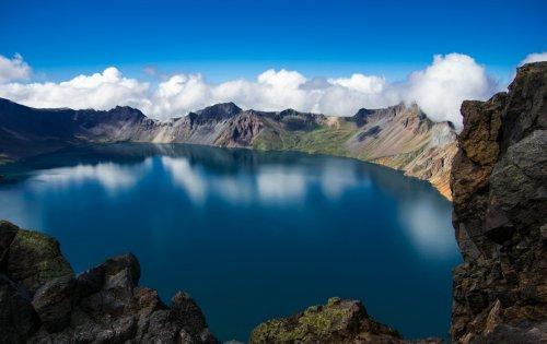 Самые удивительные озера мира. Чхонджи «Небесное озеро»