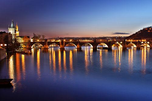 Карлов Мост - символ Праги
