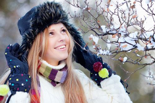 Как защитить волосы зимой
