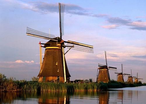 Чем известна Голландия?