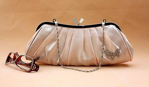 Порядок в женской сумке – возможно ли это