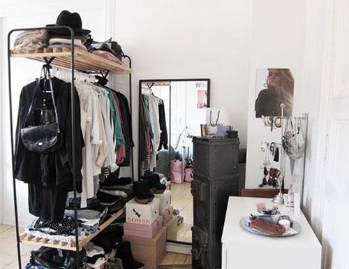 Гардеробное помещение в малогабаритной квартире