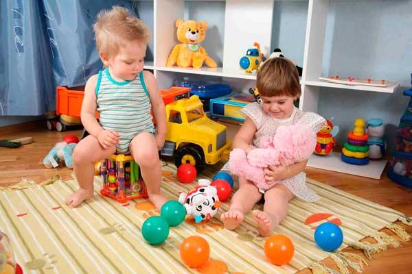Как выбрать полезные и безопасные игрушки