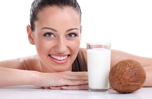 17 способов использовать кокосовое масло для красоты