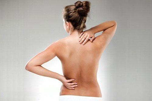 Болит низ живота у женщины температура 37