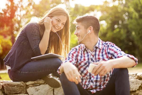 как построить отношения с парнем с сайта знакомств