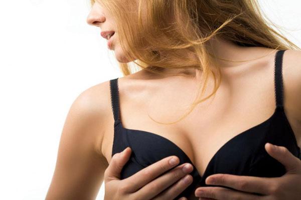 Мясистые груди