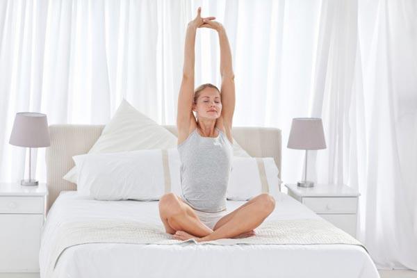 Делаем зарядку в постели