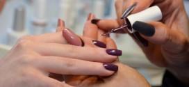 Выбираем цветные гели для наращивания ногтей