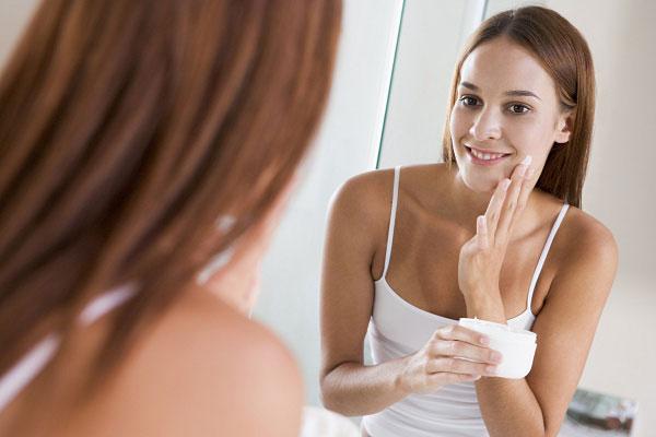 Как выбрать хороший крем для лица: 9 правил