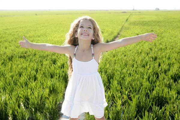 Как вырастить счастливую женщину: три мифа о воспитании девочки