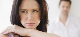 Чем женщина может неосознанно ранить мужчину?