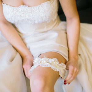 svadebnaya-podvyazka-nevesty
