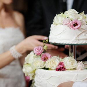 Как выбрать и заказать торт на свадьбу