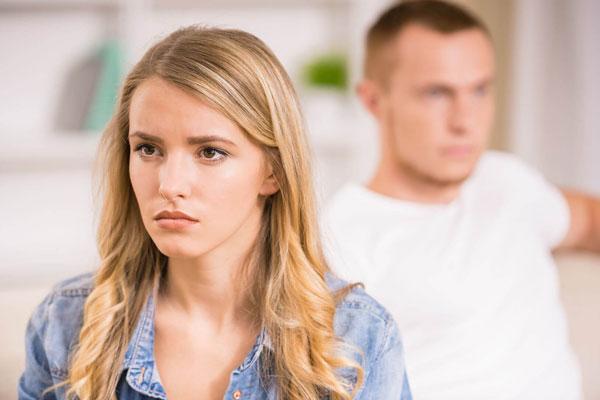 Как вести себя при кризисе семейных отношений
