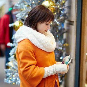Как сэкономить на новогодних праздниках?