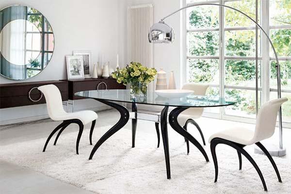 Мебель из стекла сделает дом уютным