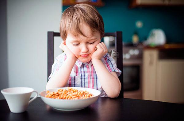 Потеря аппетита у ребенка: причины и способы решения