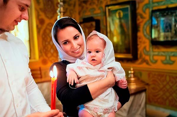 Как отмечать крестины малыша?
