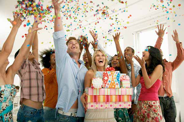 Как отмечают международные праздники