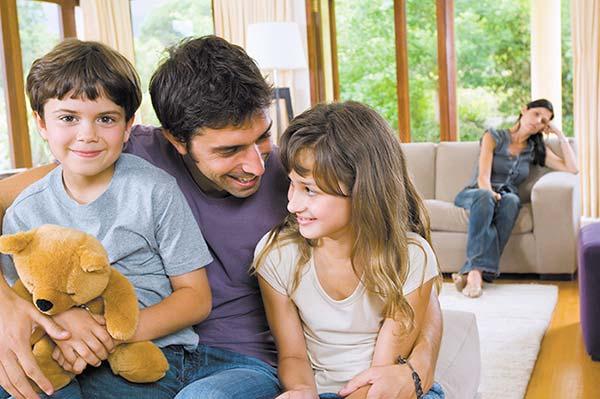 Дети от первого брака и отношения с ними