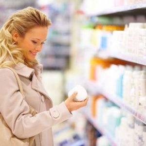 Проверка косметики на состав: что включают в себя крема?
