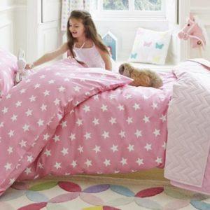 По каким критериям выбирать детское постельное белье?