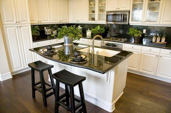 Кухня с островом (фото)