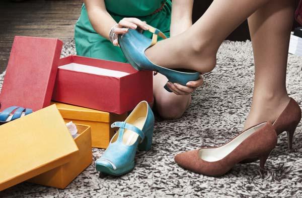 Преимущества покупки обуви через интернет