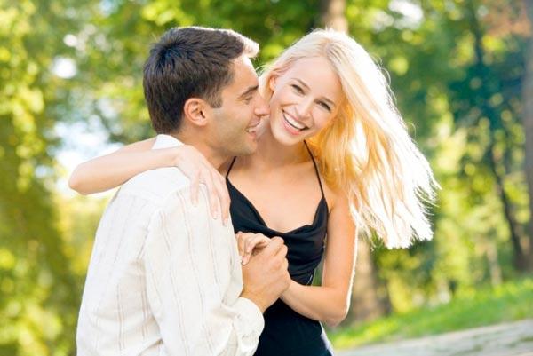 Оригинальные свадебные прически - фотографии 20