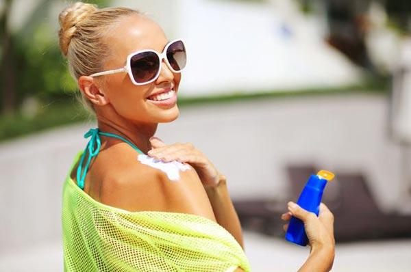 Правильный уход за кожей на курорте и пляже