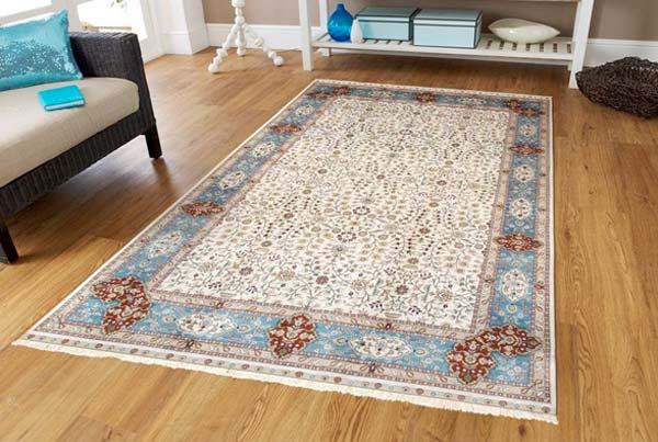 Стоит ли покупать ковры из шелка?