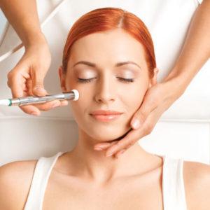 Популярные косметические процедуры, направленные на улучшение кожи