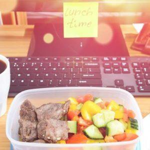 В чем удобнее носить обеды на работу