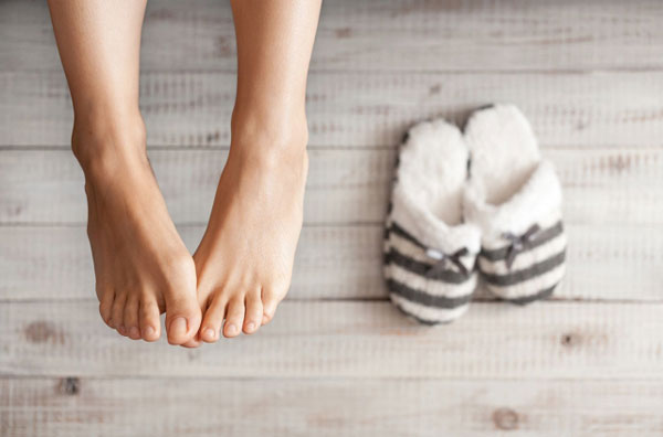 Уход за ногами в зимнее время